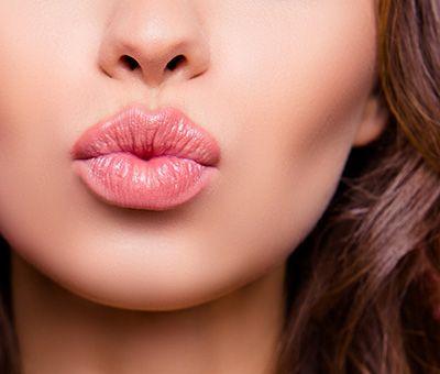 InLash - Contorno y Relleno de labios